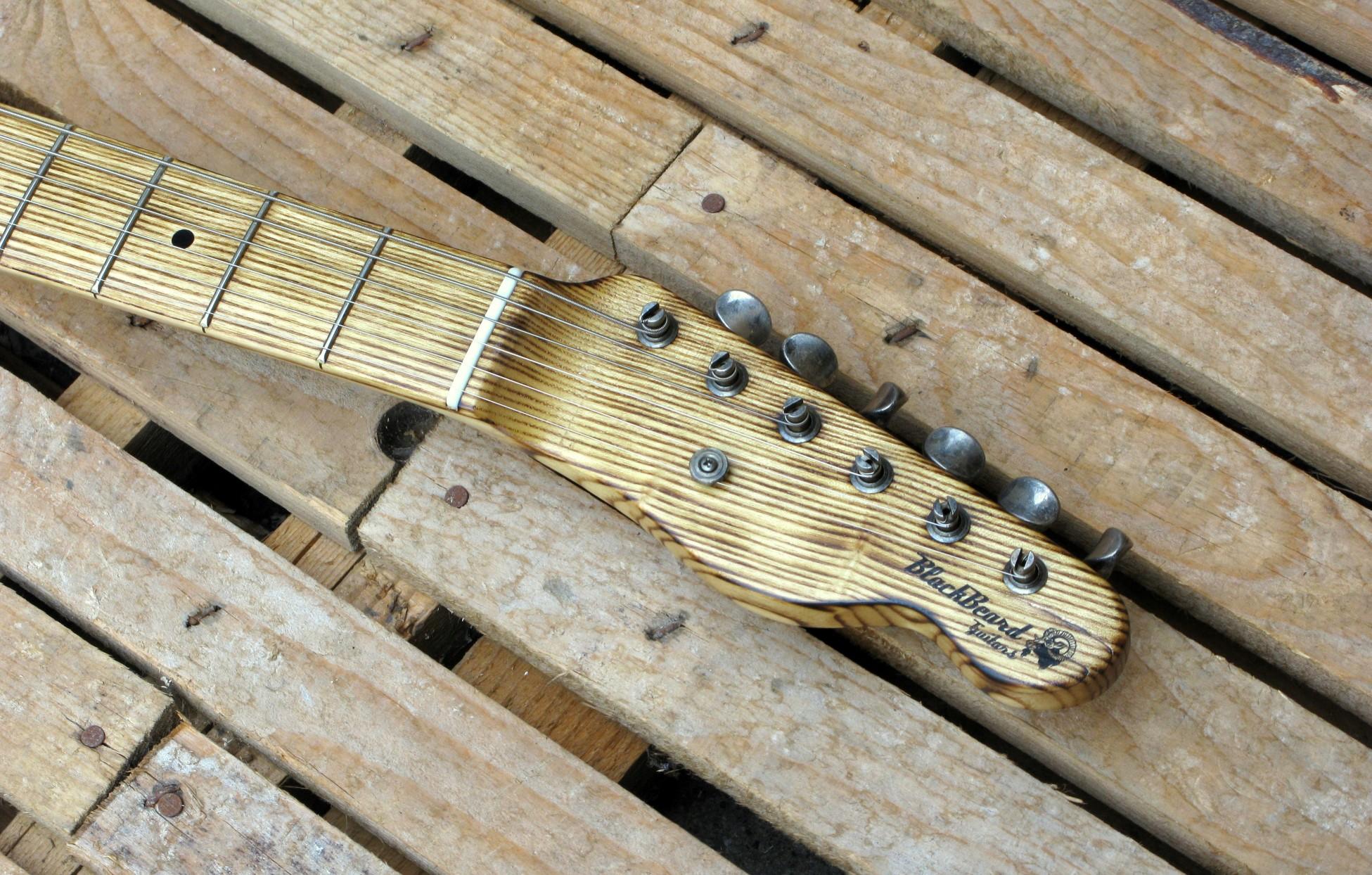 Chitarra modello telecaster 1 pickup paletta