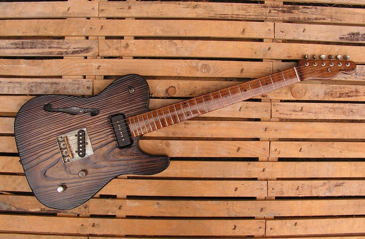 Chitarra Telecaster Thinline in pino roasted