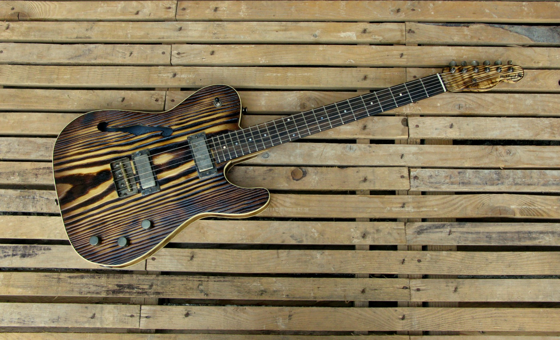 Telecaster Thinline in yellow pine