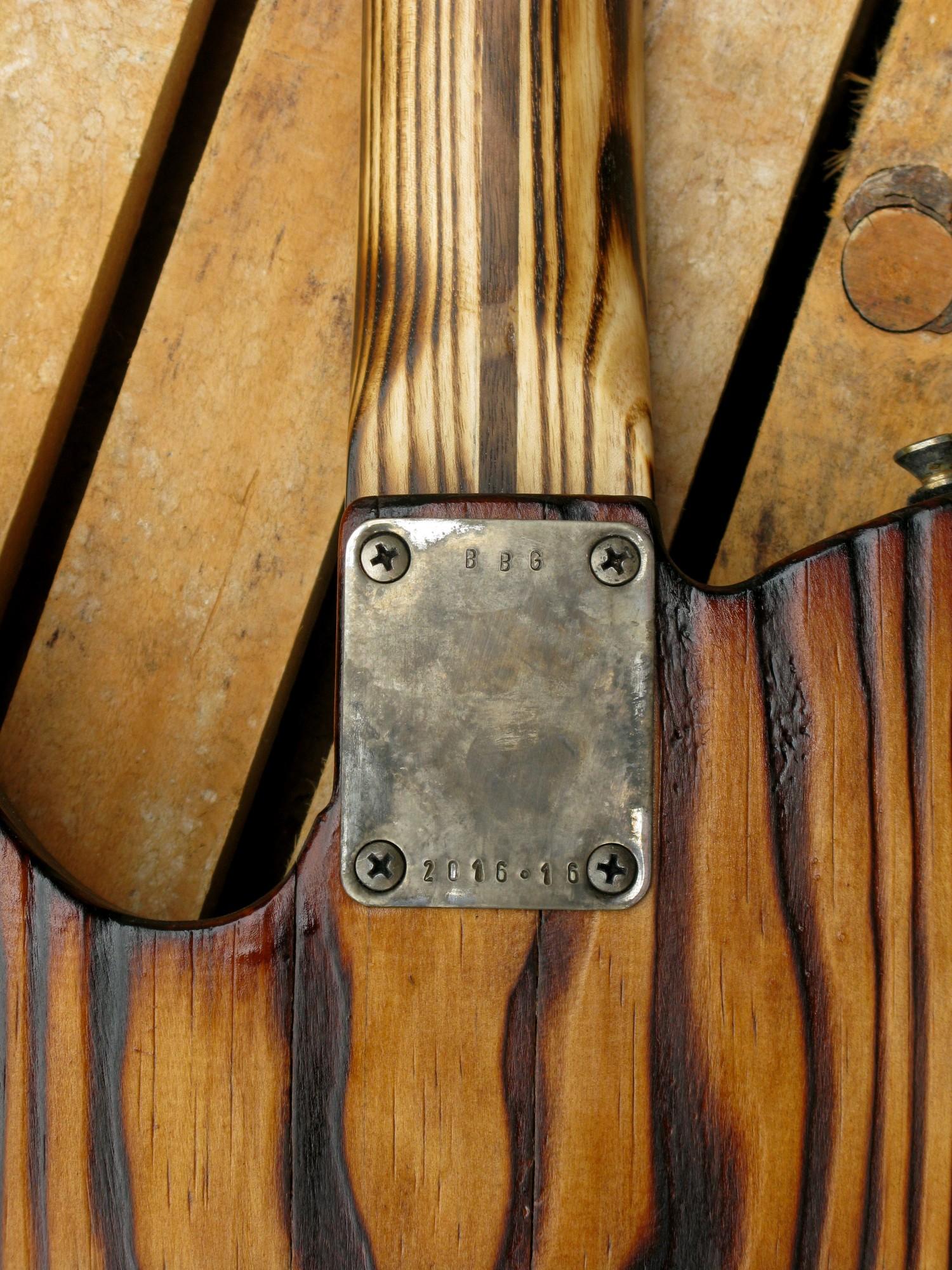 Piastra manico di una Telecaster in pino con manico in frassino