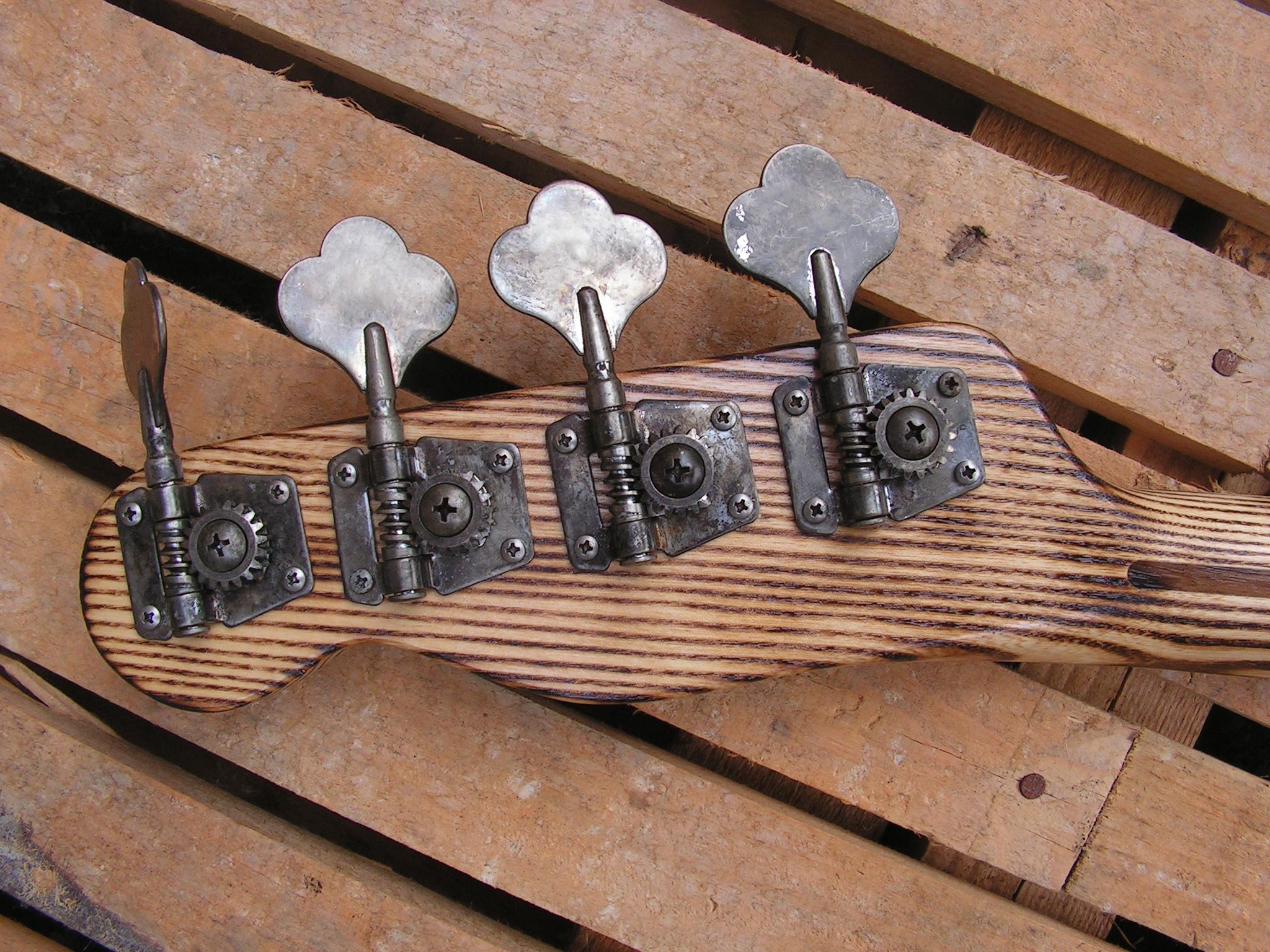 basso Precision 51 in pino paletta retro