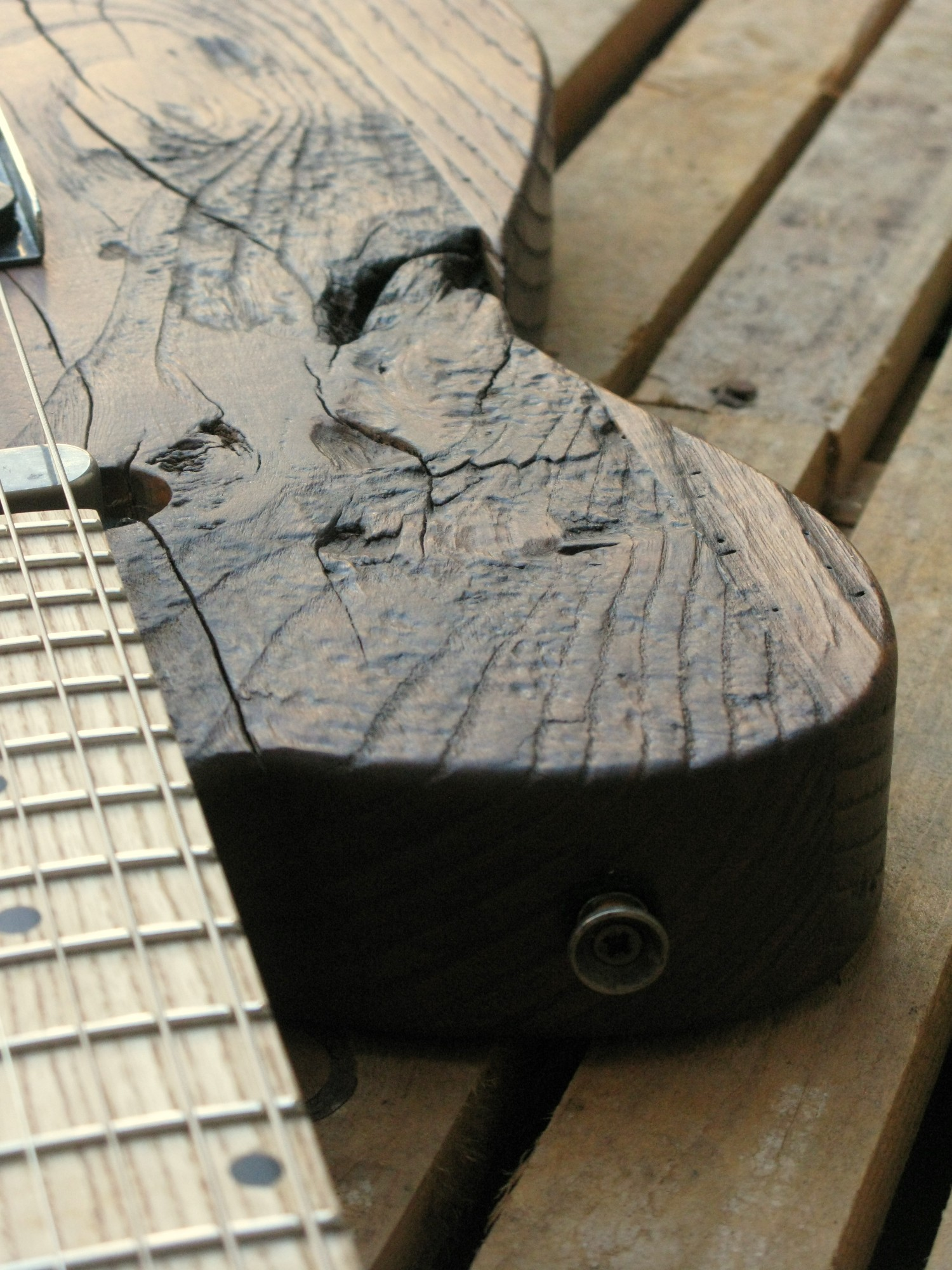 Chitarra telecaster in castagno dettaglio