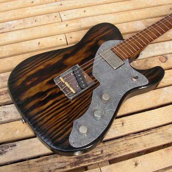 Body di chitarra modello Telecaster in pino con humbucker al manico