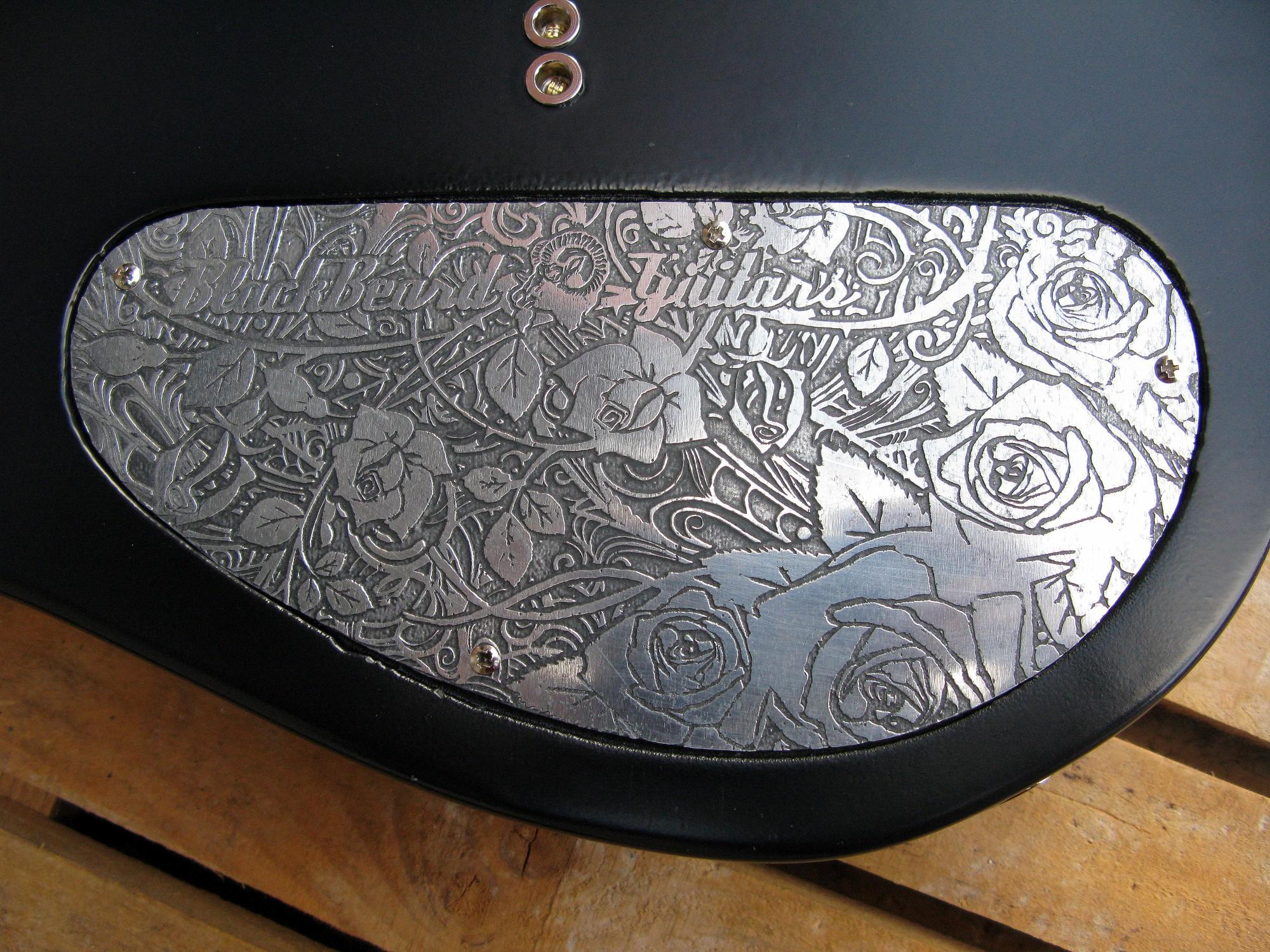 Chitarra telecaster in pioppo retro piastra alluminio inciso