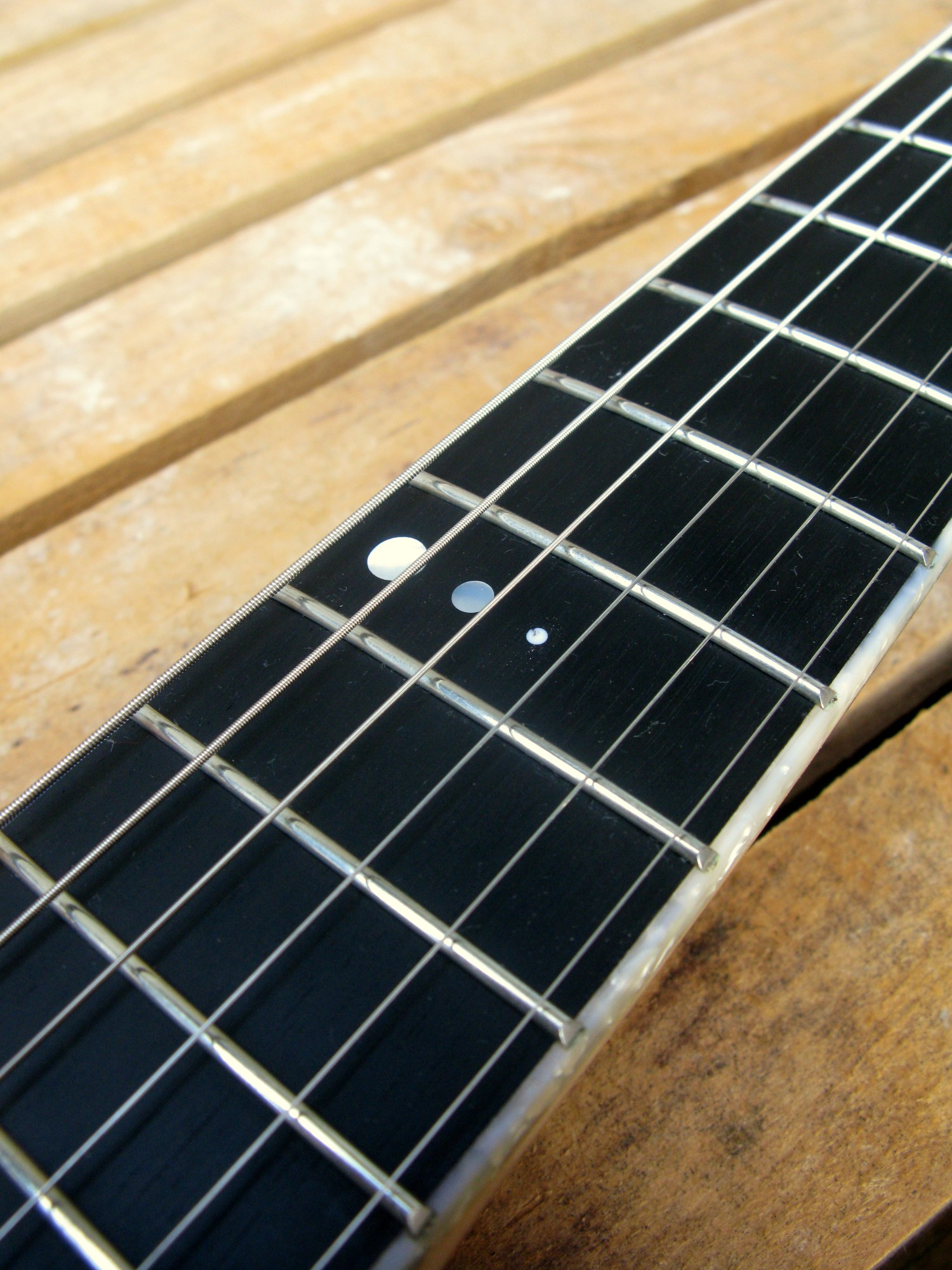 Chitarra telecaster in pioppo tastiera ebano