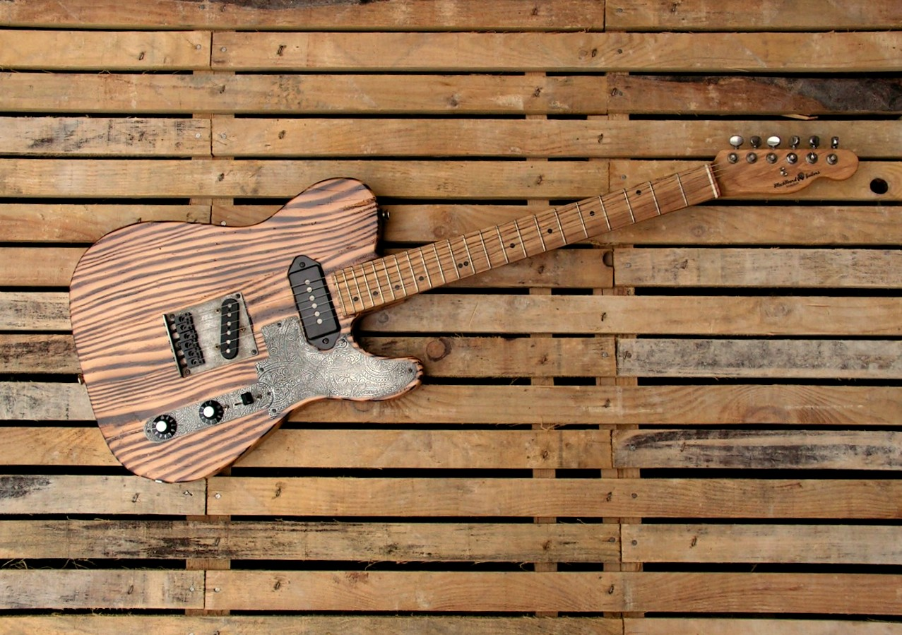Telecaster in pitch pine