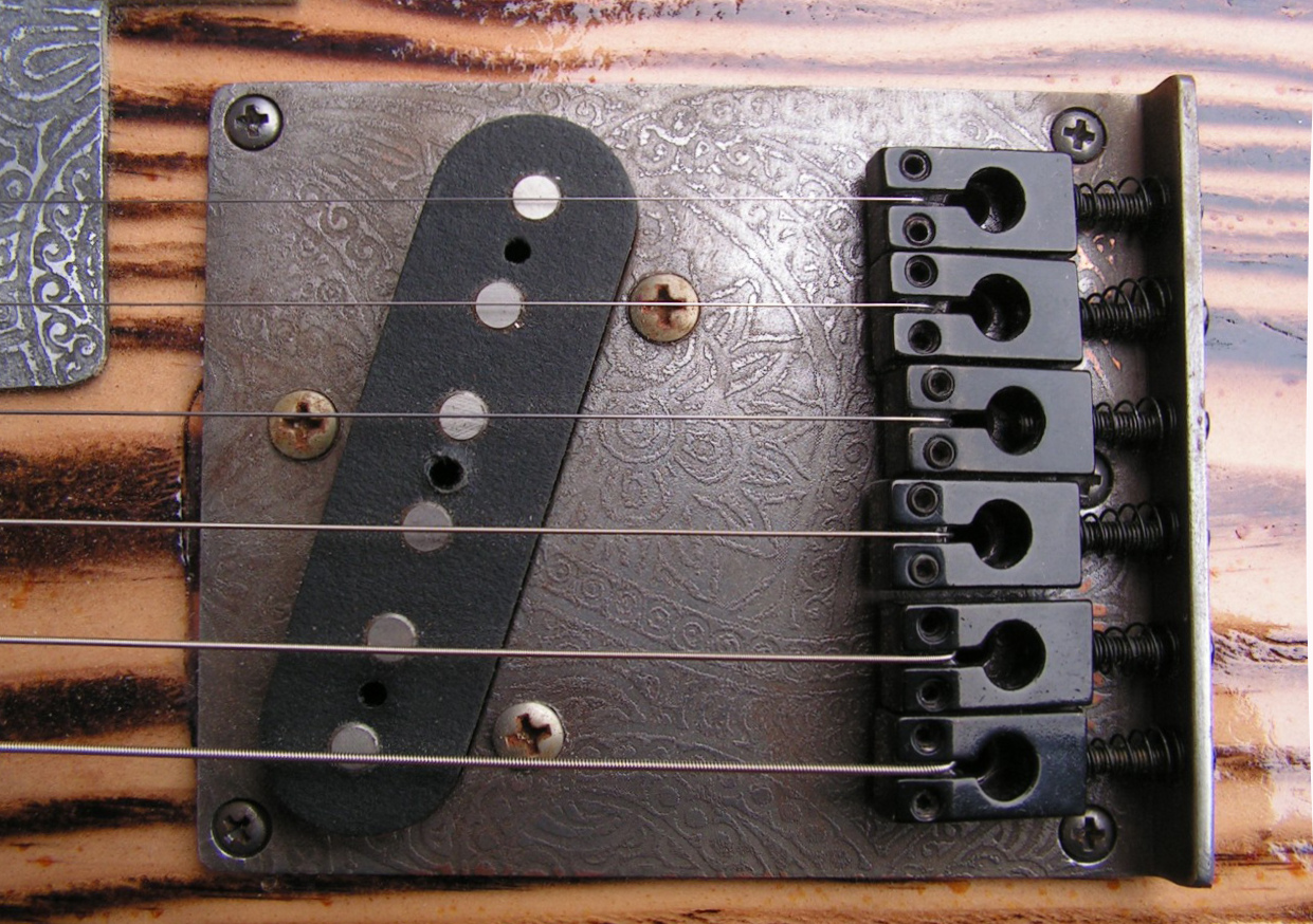 Pickup al ponte di una Telecaster in pitch pine