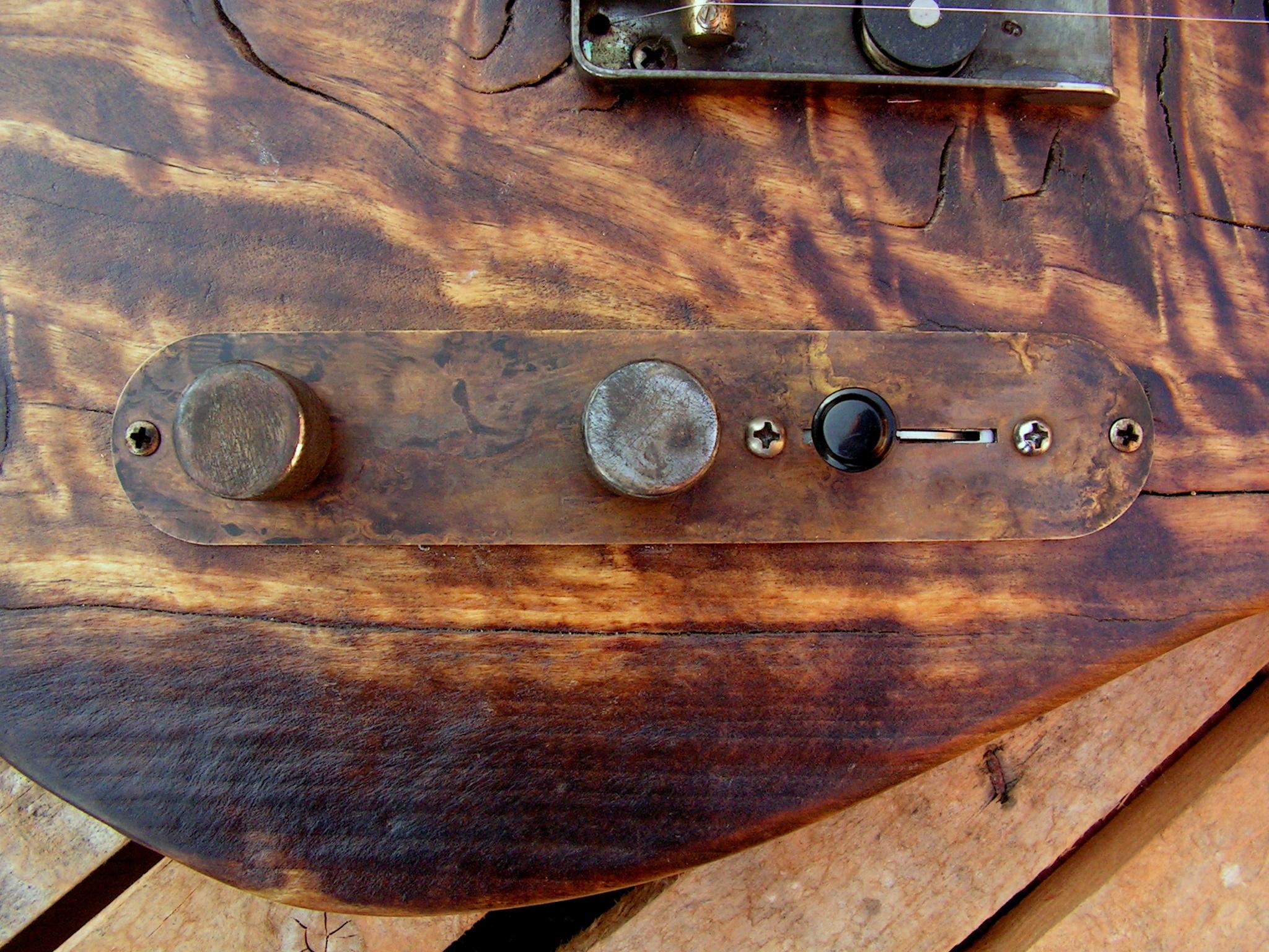 Chitarra elettrica Telecaster in pioppo secolare