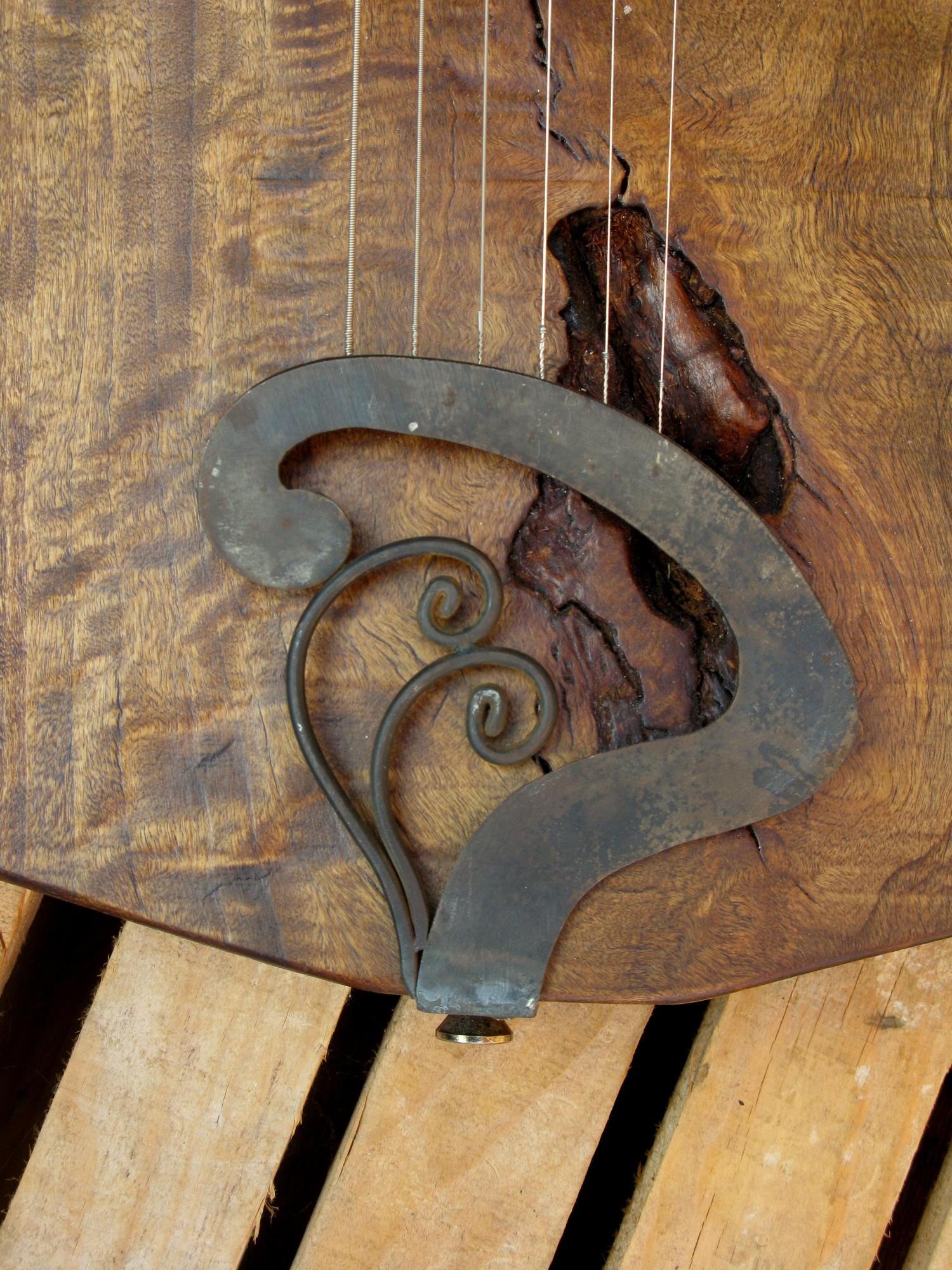 Cordiera di una chitarra elettrica in pioppo
