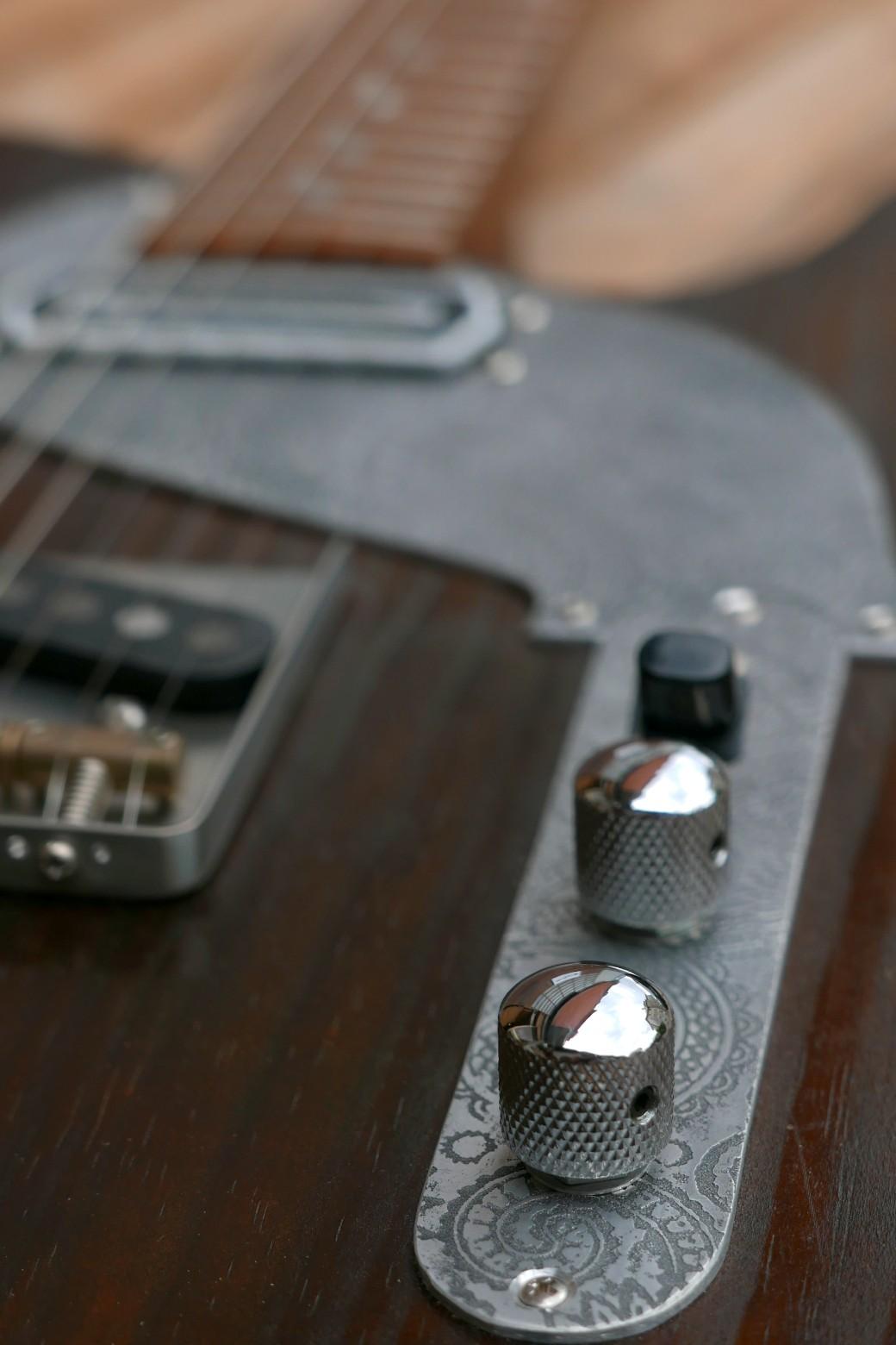 Selettore e controlli di una chitarra Telecaster