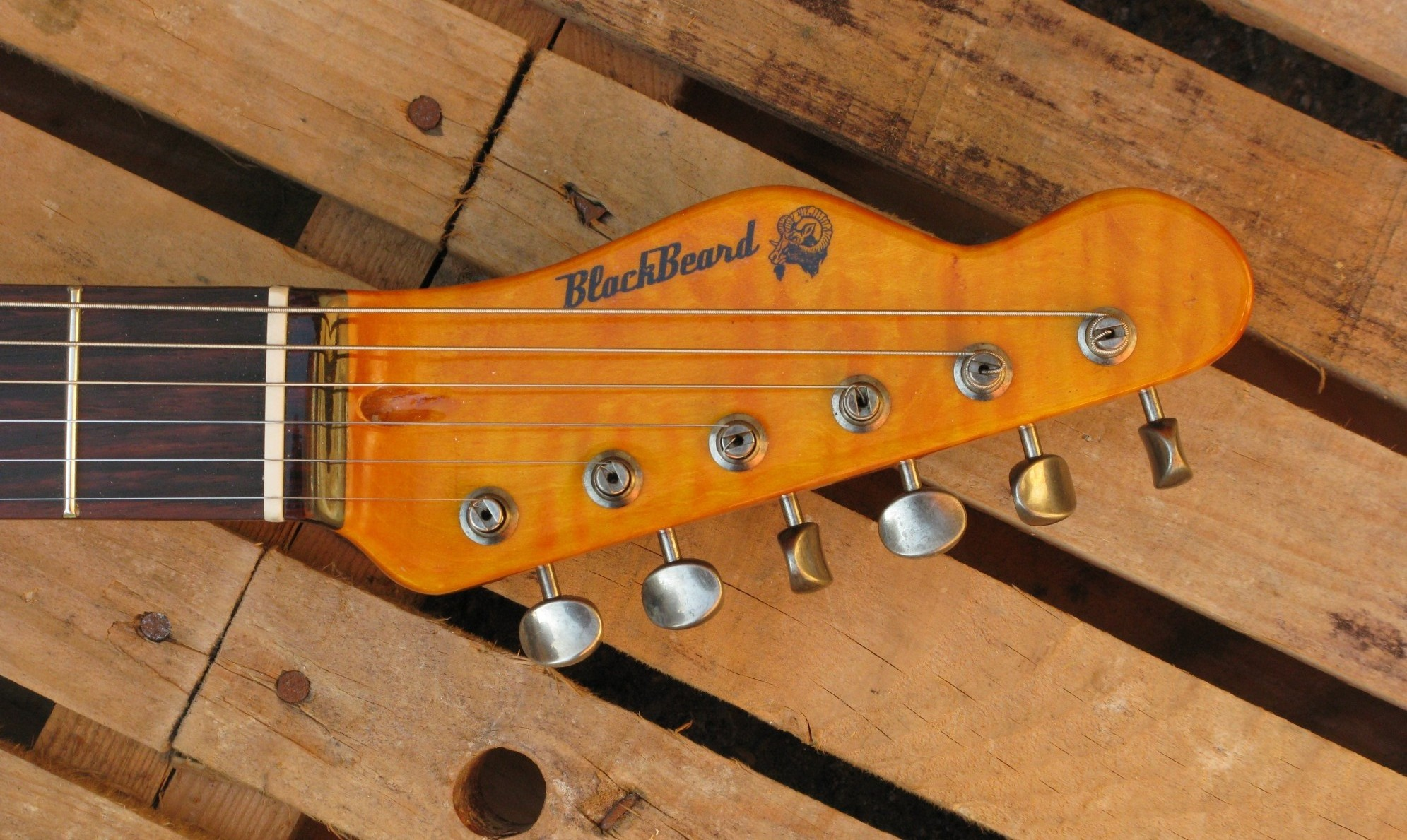 Paletta di una Telecaster Thinline in yellow pine roasted