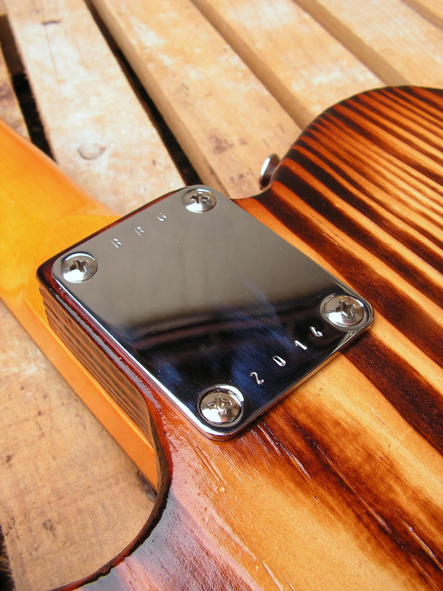 Piastra del manico di una Telecaster in yellow pine roasted
