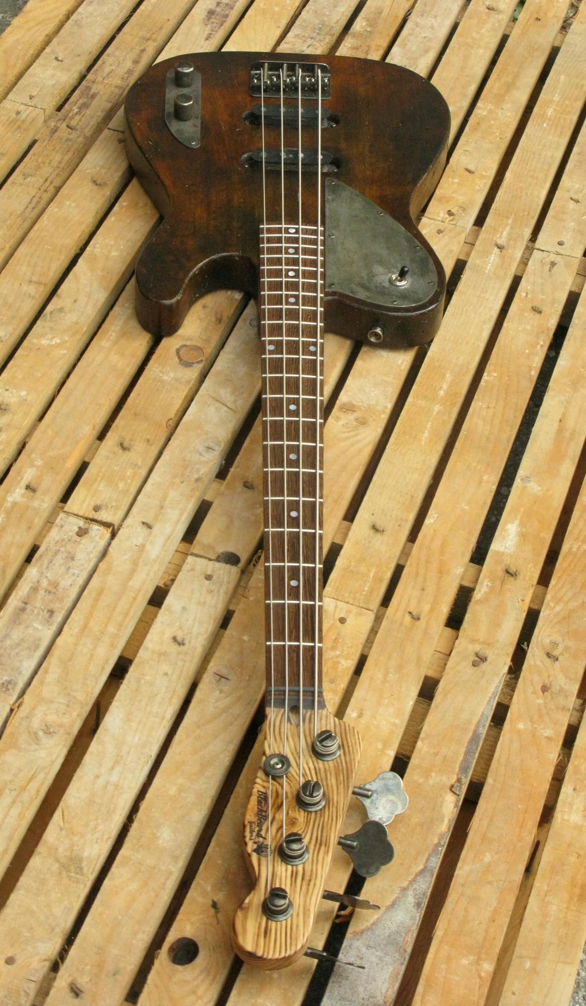 bassoTelecaster in pioppo