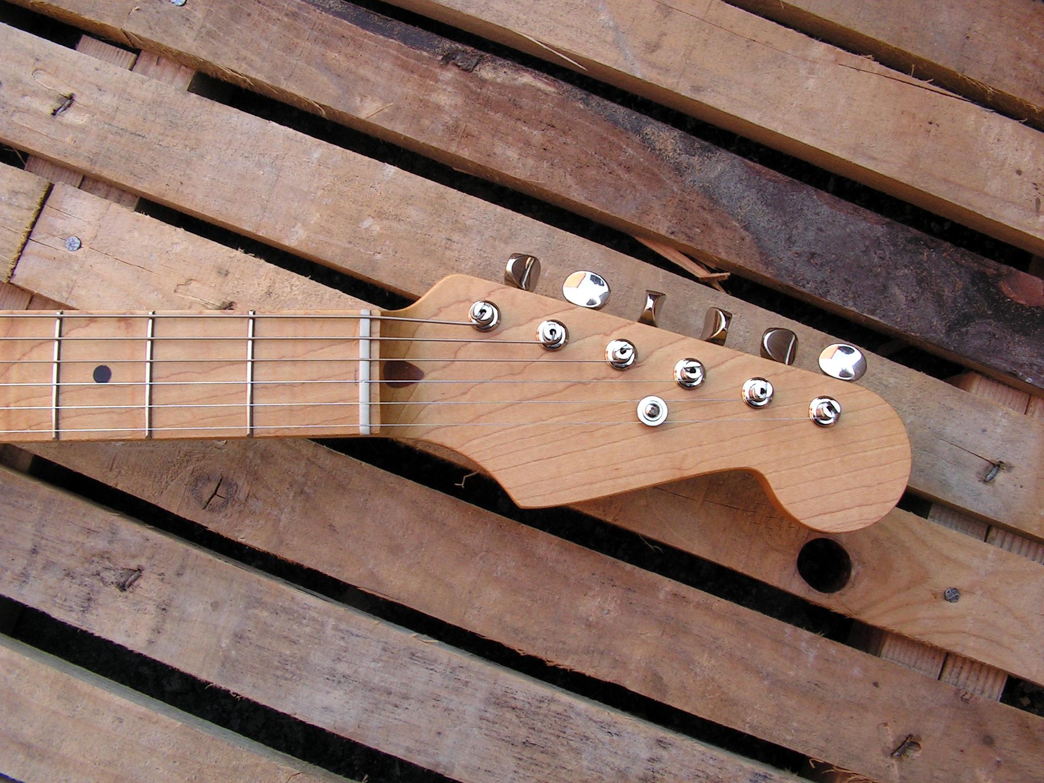 Paletta in acero di una chitarra Telecaster con Pickup Teisco Gold Foil