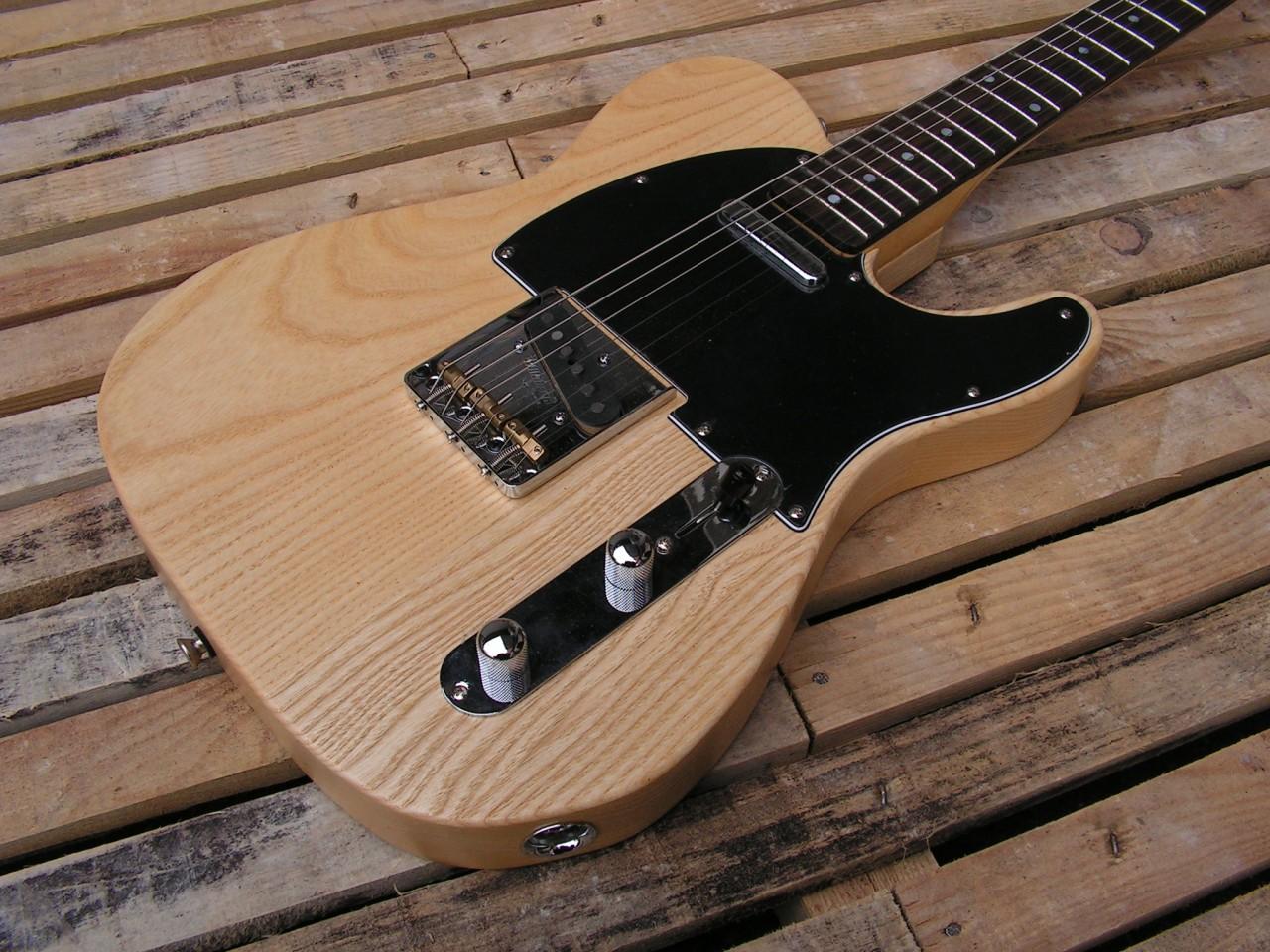 Body di una chitarra Telecaster in frassino