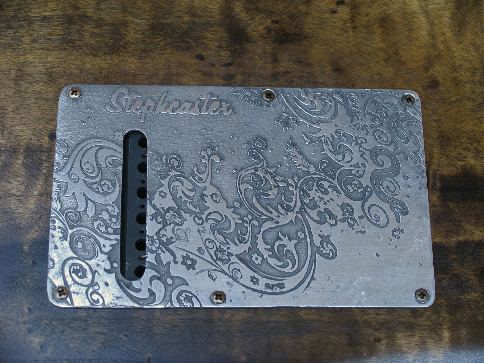 Dettaglio del retro del body in pioppo di una Stratocaster