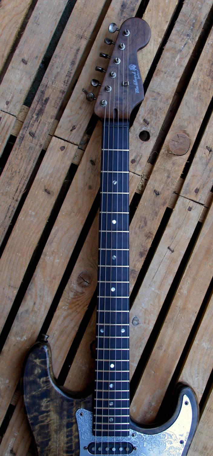 Tastiera in palissandro di una Stratocaster in pino
