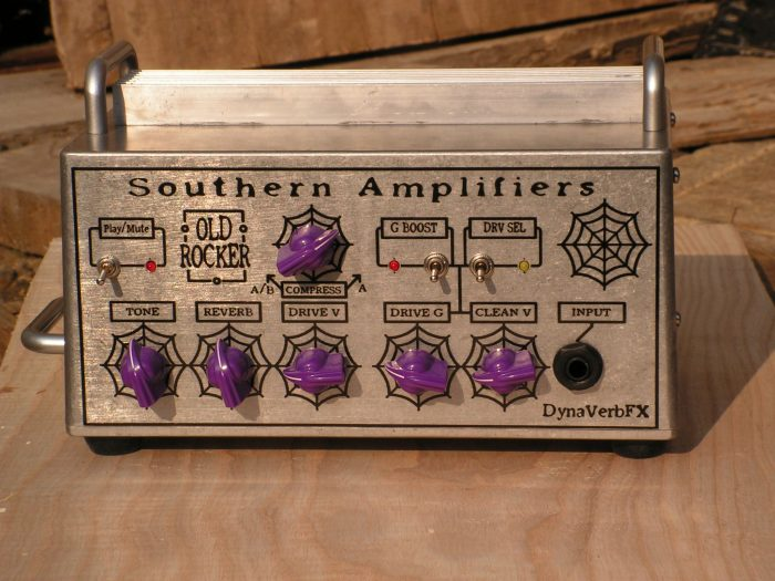 pannello frontale della testata amplificatore a transistor per chitarra elettrica Southern Amplifiers
