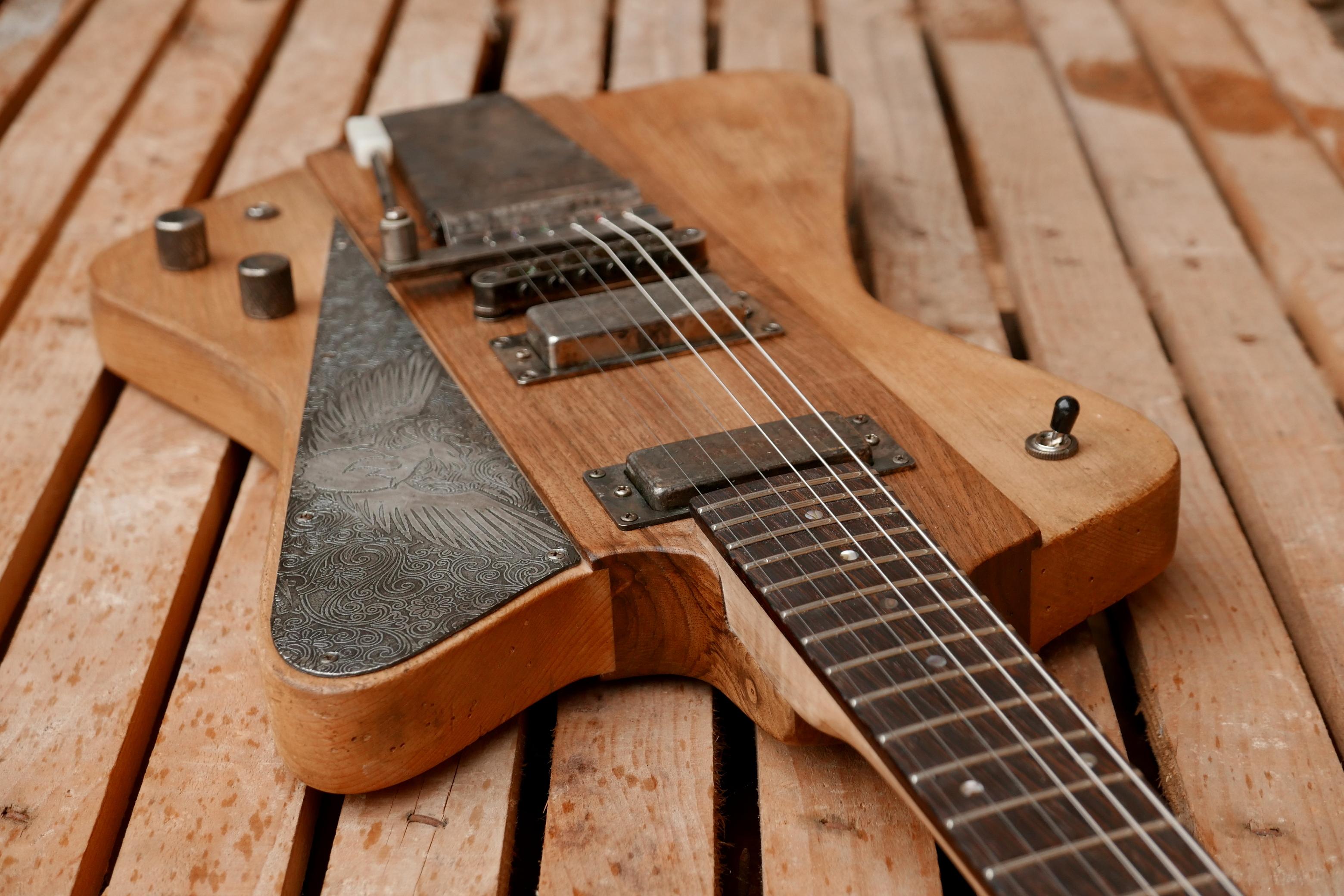 body chitarra offset