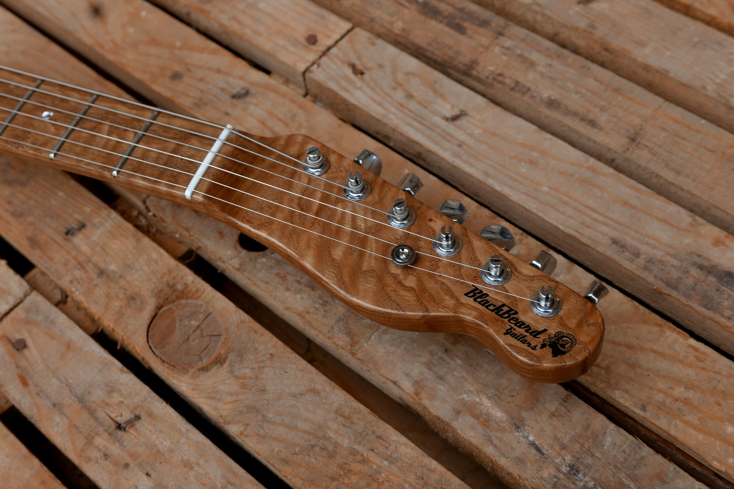 paletta chitarra in castagno