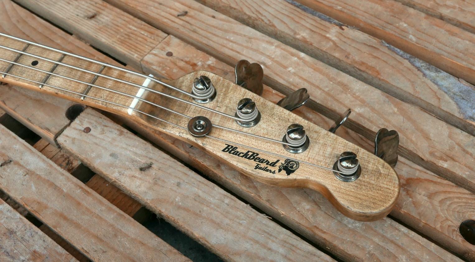 paletta telecaster bass