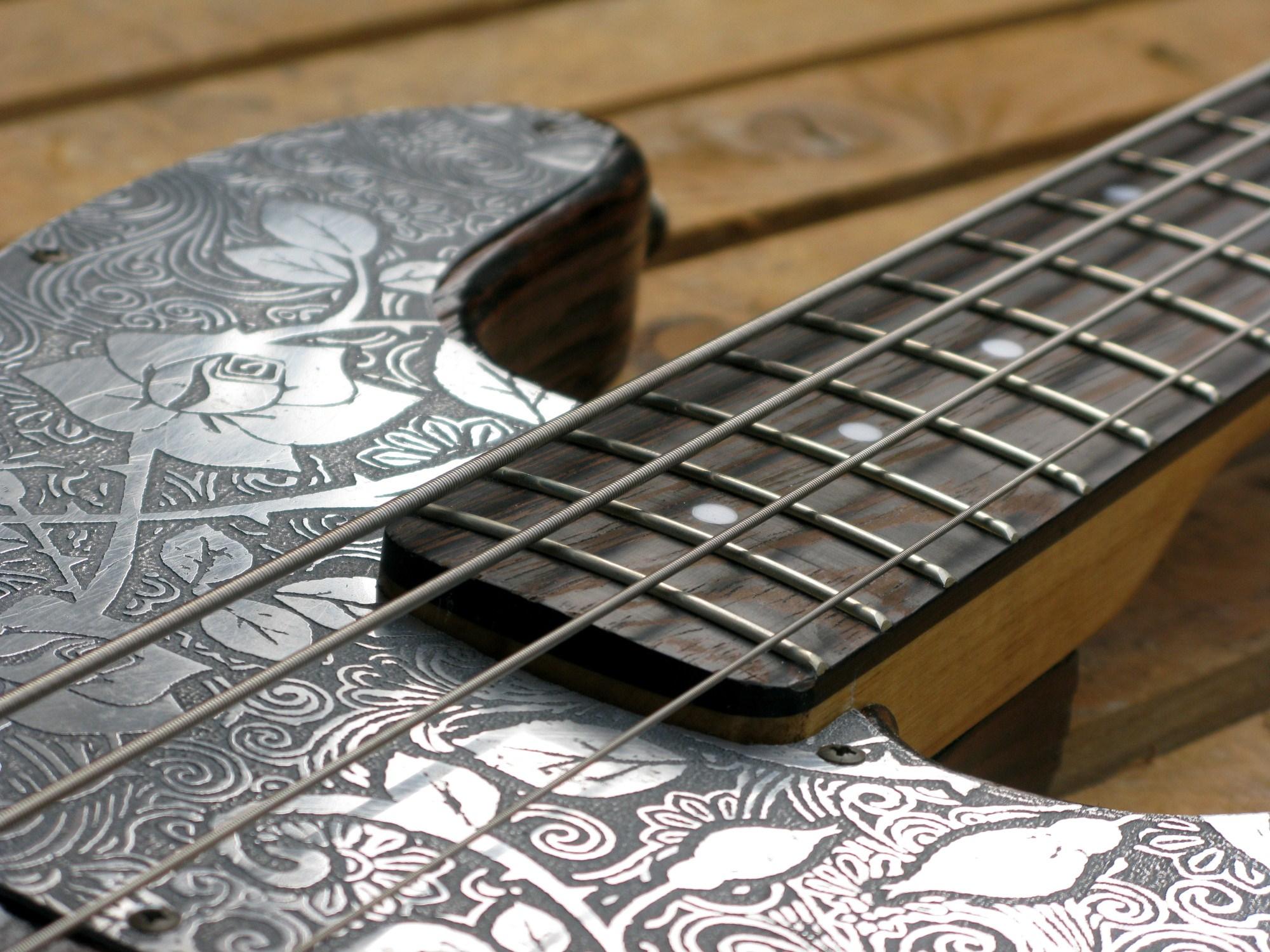 battipenna in alluminio inciso