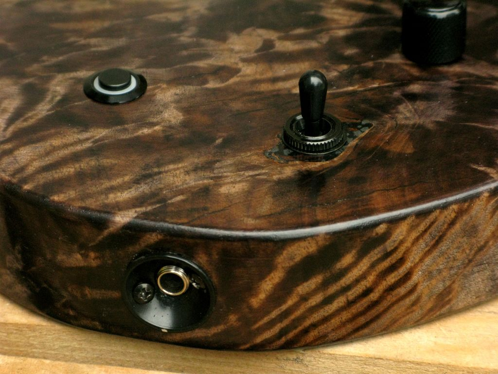 dettaglio legno pioppo figurato