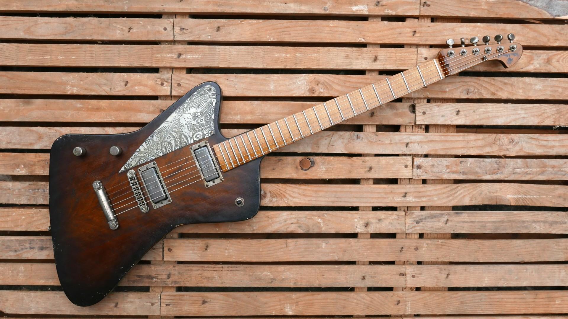 chitarra firebird