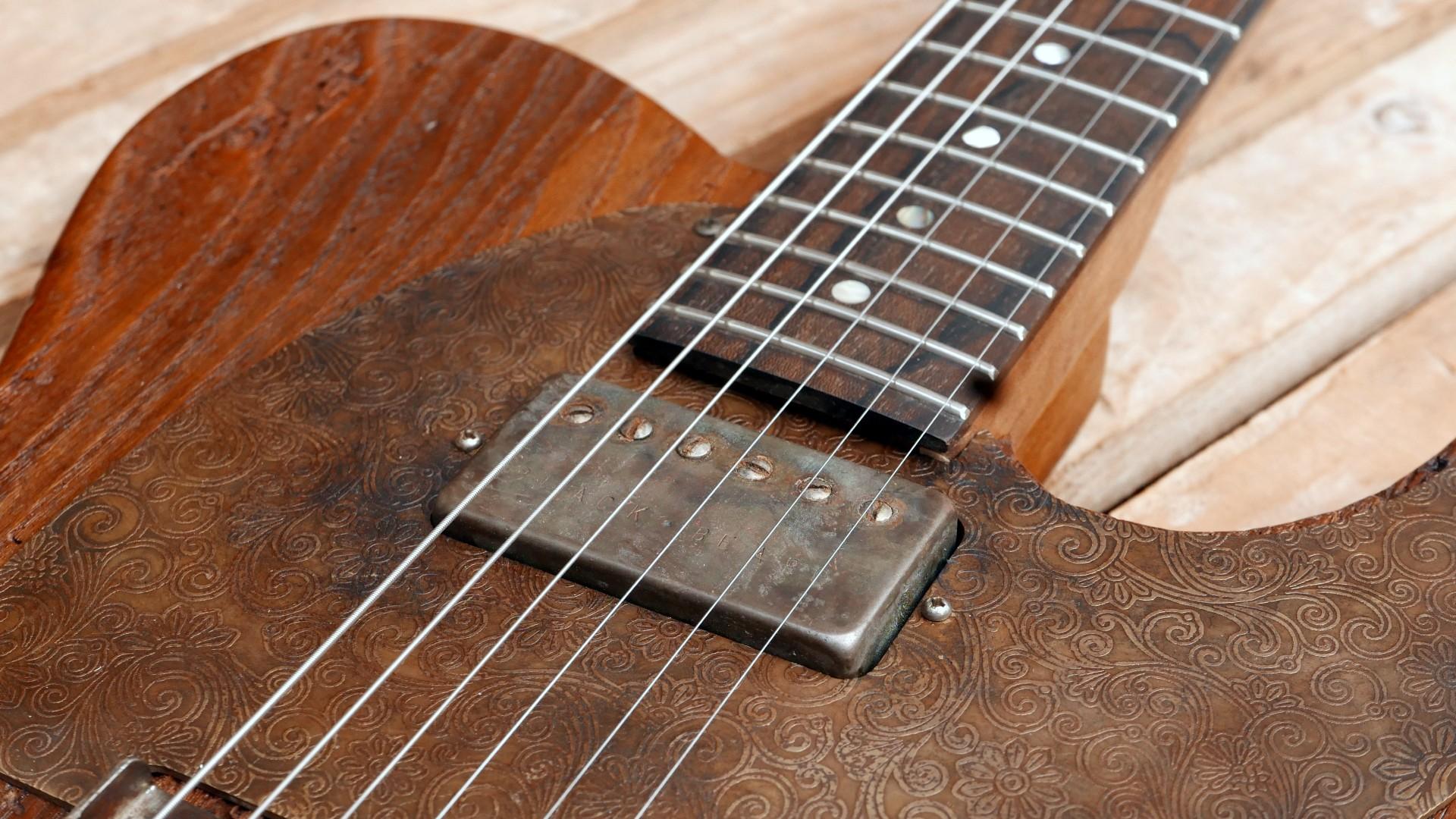 chitarra telecaster humbucker aged