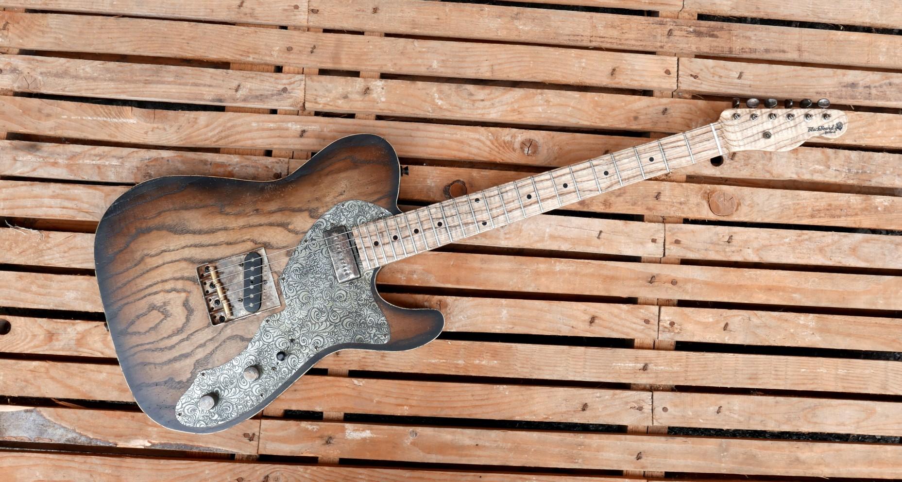 chitarra telecaster fronte
