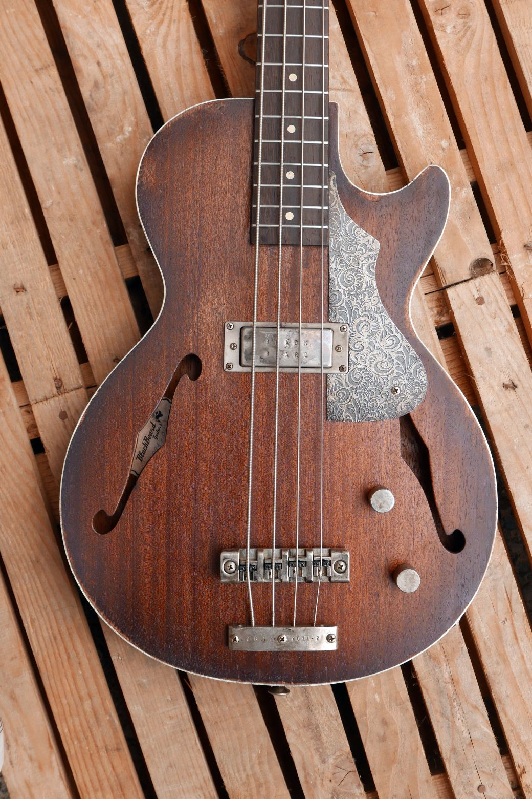 les paul bass body