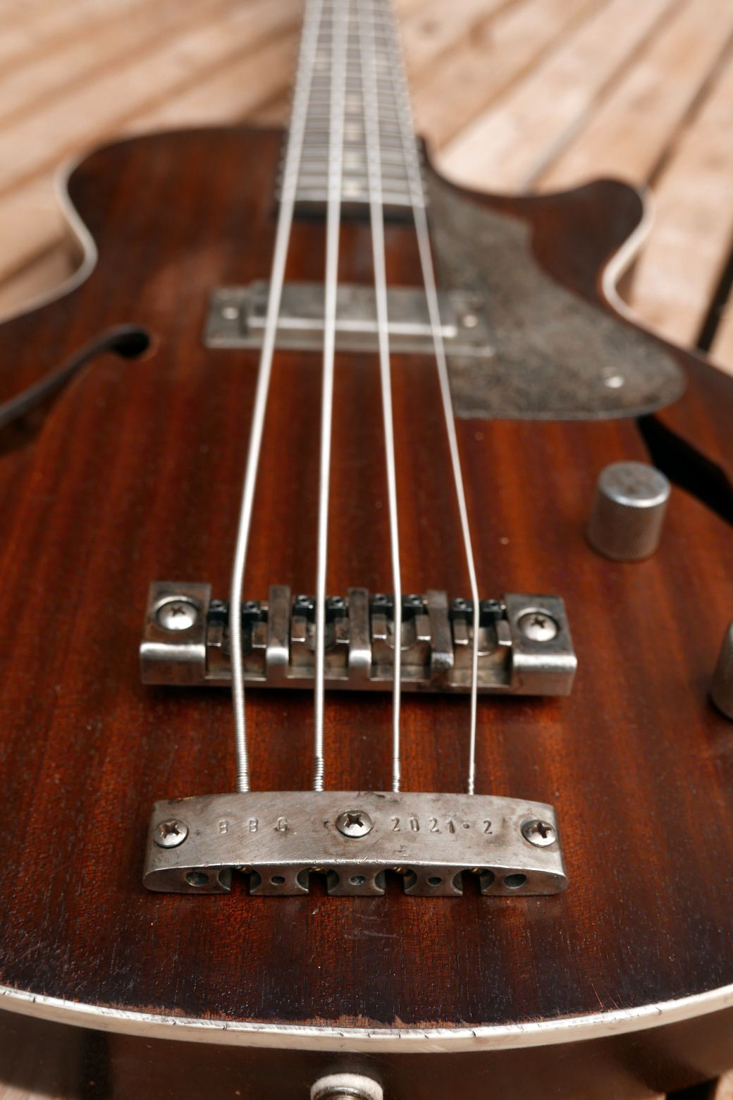 les paul bass bridge