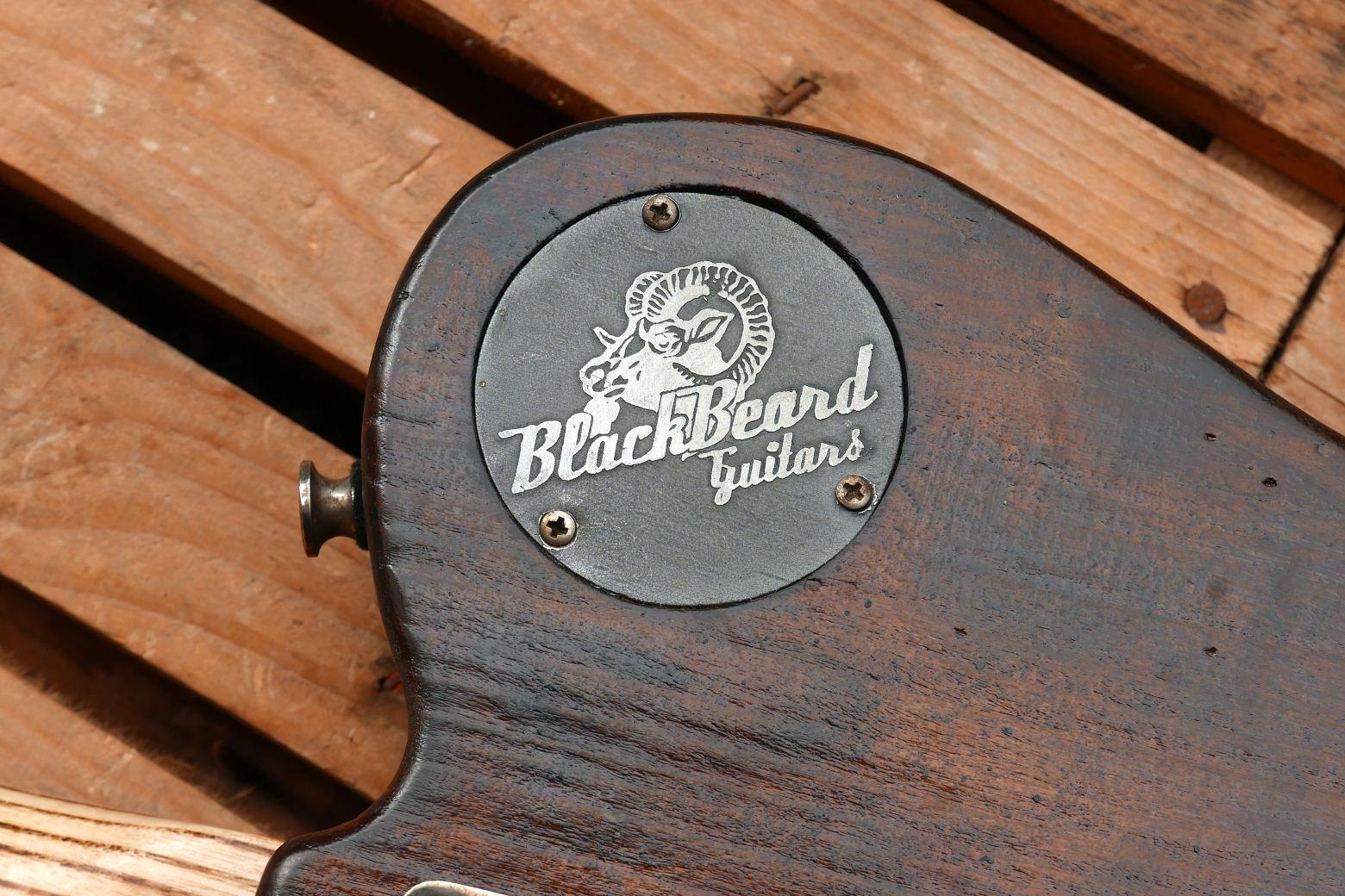 tele bass logo