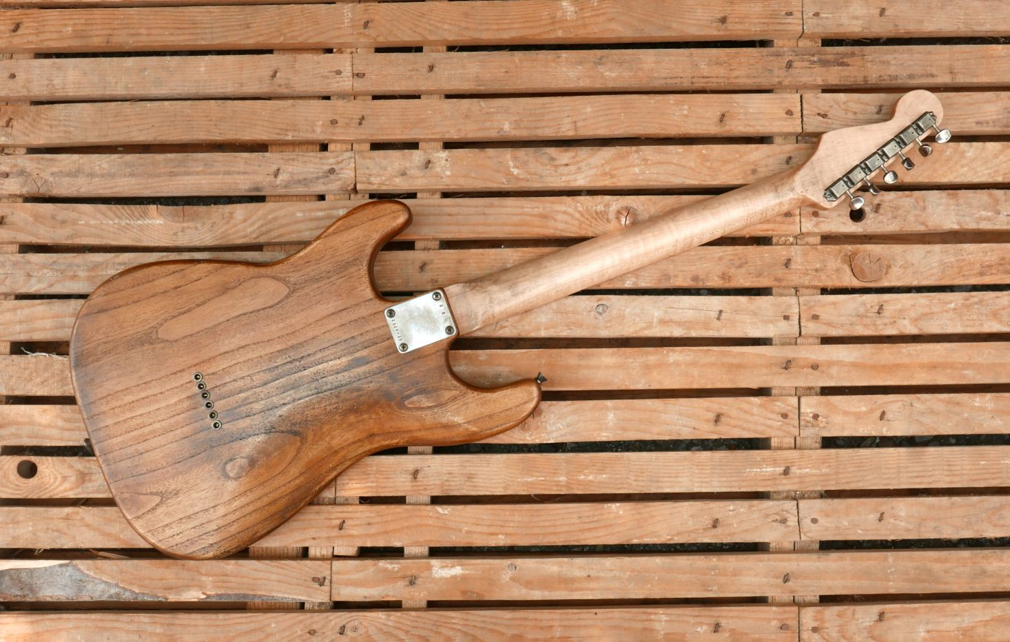 chitarra stratocaster retro