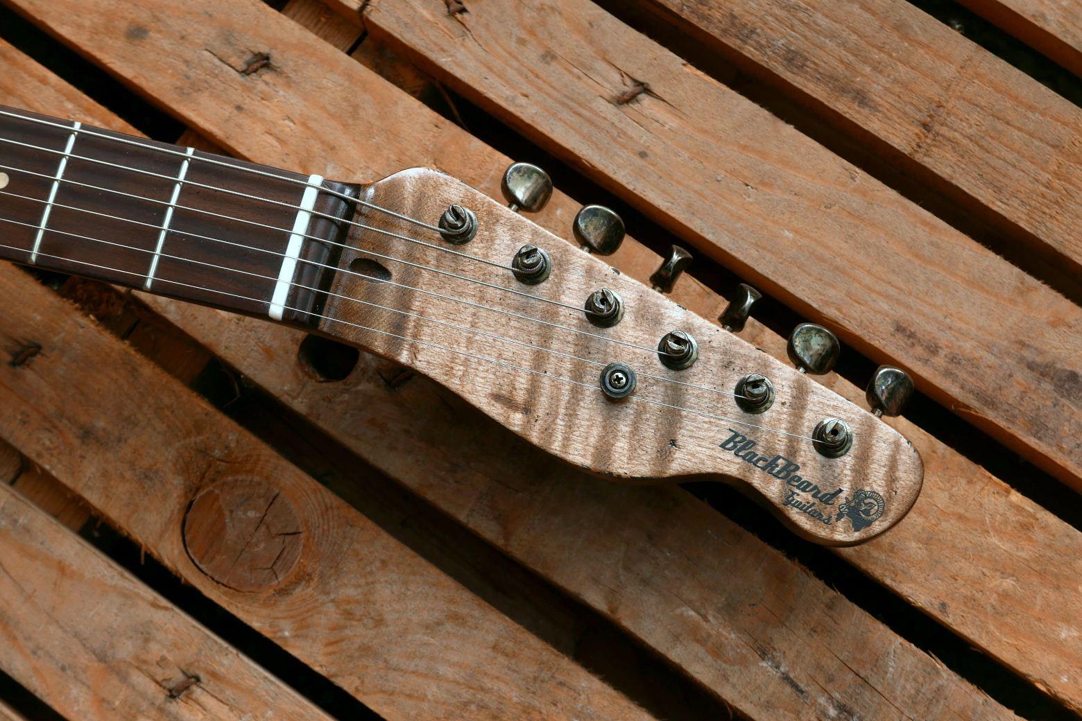 chitarra telecaster paletta