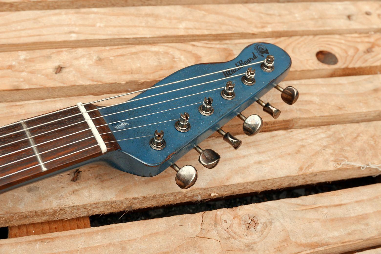 chitarra telecaster in mogano paletta reverse