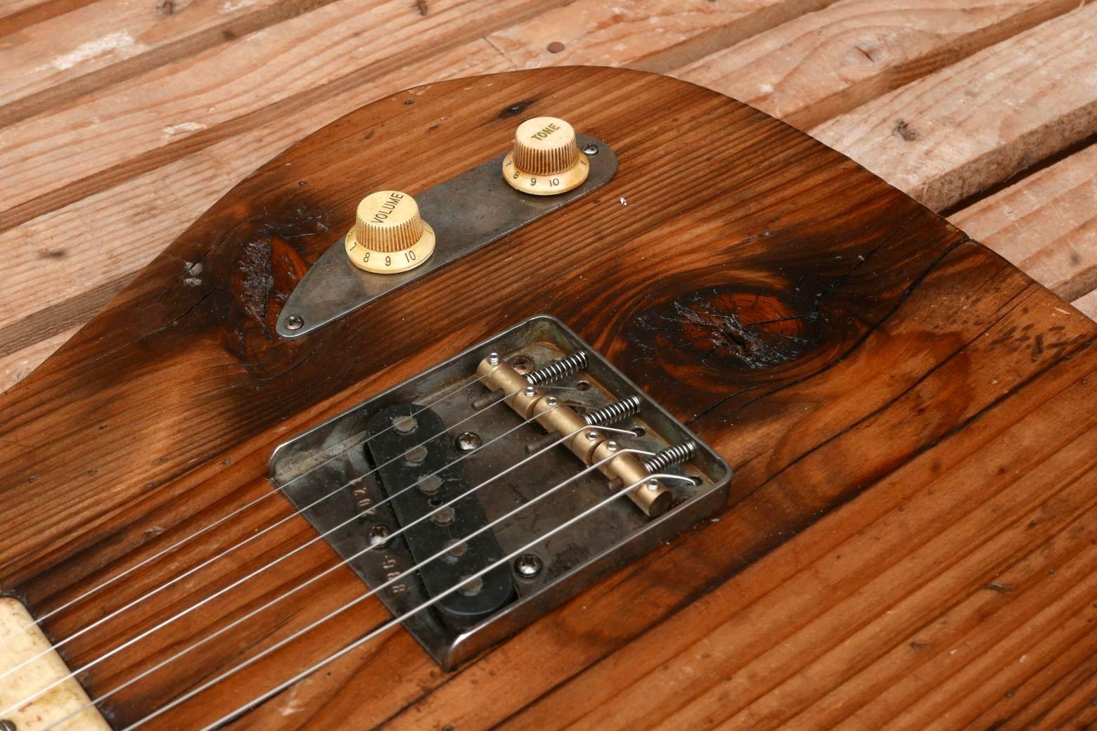 chitarra telecaster ponte e controlli