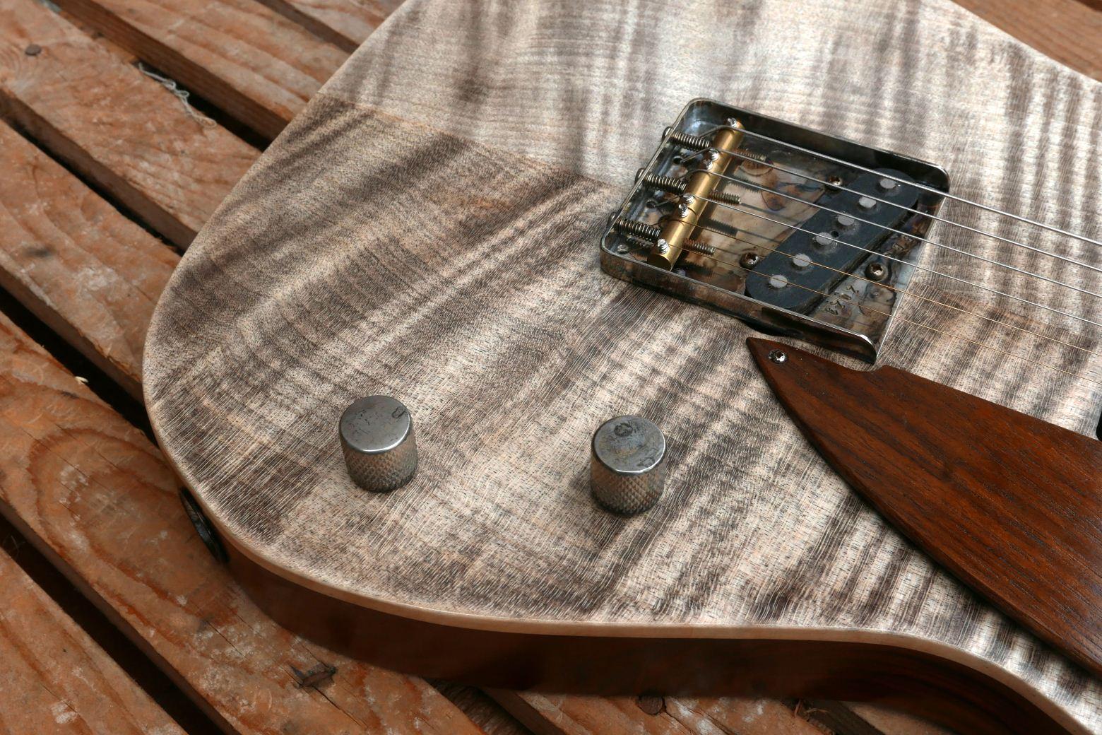chitarra telecaster acero marezzato